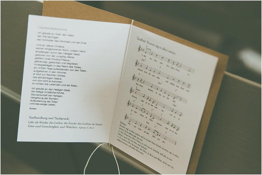 Kirchenheft Innenseiten mit Band gebunden