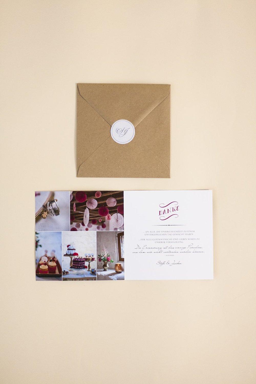 Dankeskarte, offen, Innenseiten, mit Briefumschlag und Logo-Aufkleber