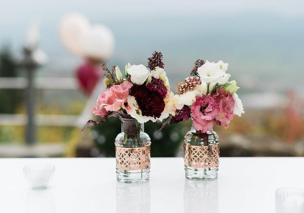 Hochzeit Blumen bordeaux Kupfer