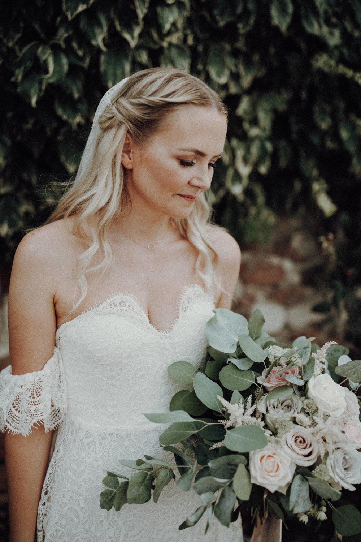 Braut 2018 Brautstrauß weiß Eukalyptus