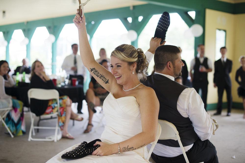 RosewoodWeddingPhotos-MeganSean-Gravenhurst-LionsClub-Reception-WeddingGames-MuskokaWedding