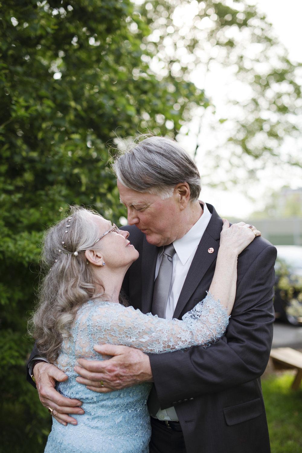 RosewoodWeddingPhotos-KathyMichael-OlderCouple-PortCredit-SummerWedding-SecondWedding-Elder-Grandparents-SecondLove