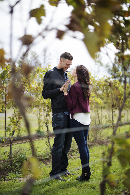 RosewoodWeddingPhotos-TeresaRob-ItalianCouple-Winery-Vineyard-Stouffville-Engagement-Picnic-Engaged