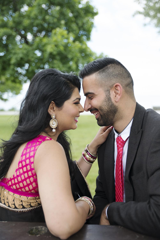 RosewoodWeddingPhotos-ShellyAman-IndianCouple-Lakeshore-Toronto-TorontoEngagement-HumberBay-CulturalEngagement-Sari