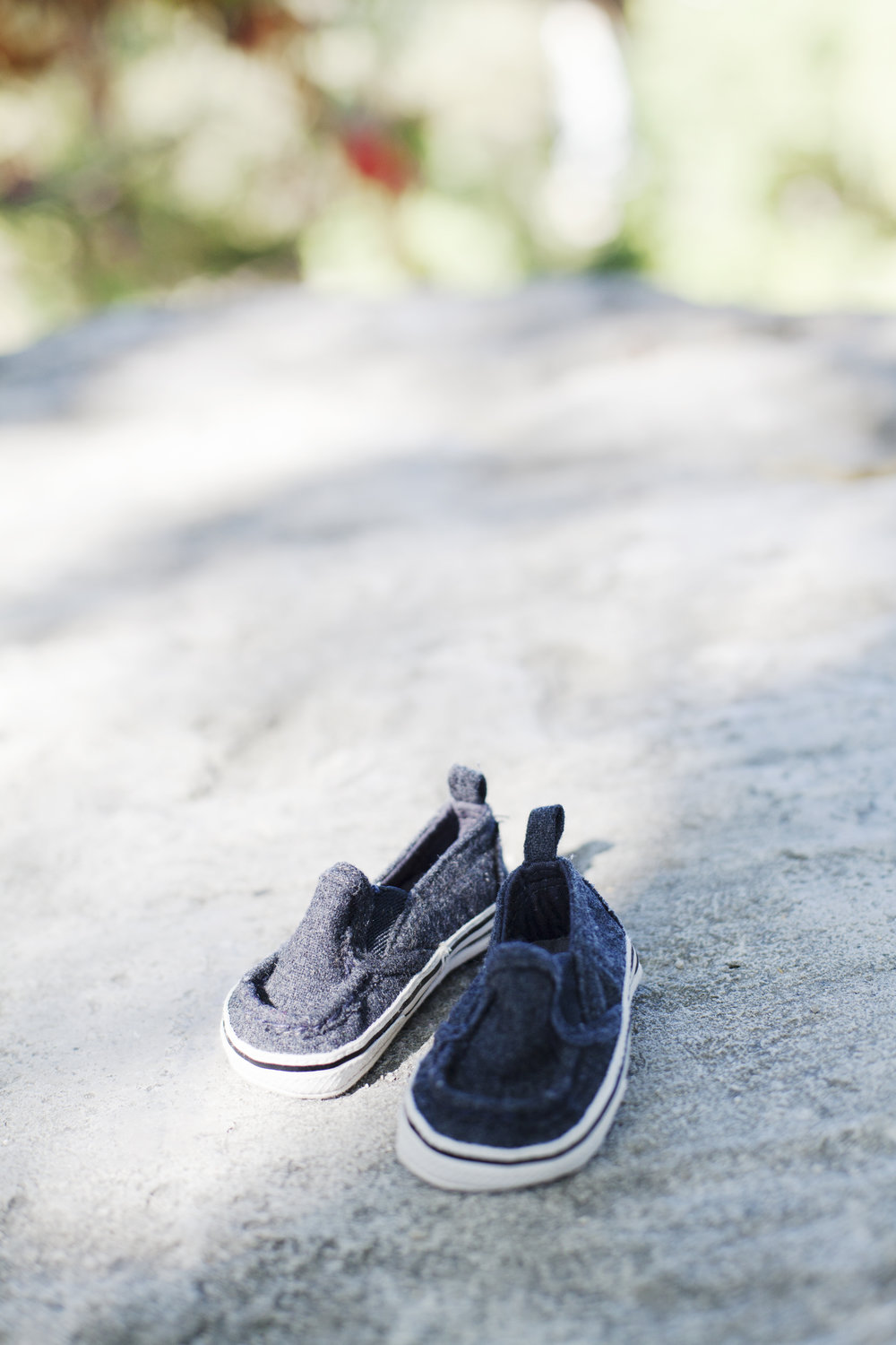 RosewoodWeddingPhotos-ErindalePark-Mississauga-Maternity-Henna-Indian-MaternityPhotographer-GTA-Shoes-BabyShoes