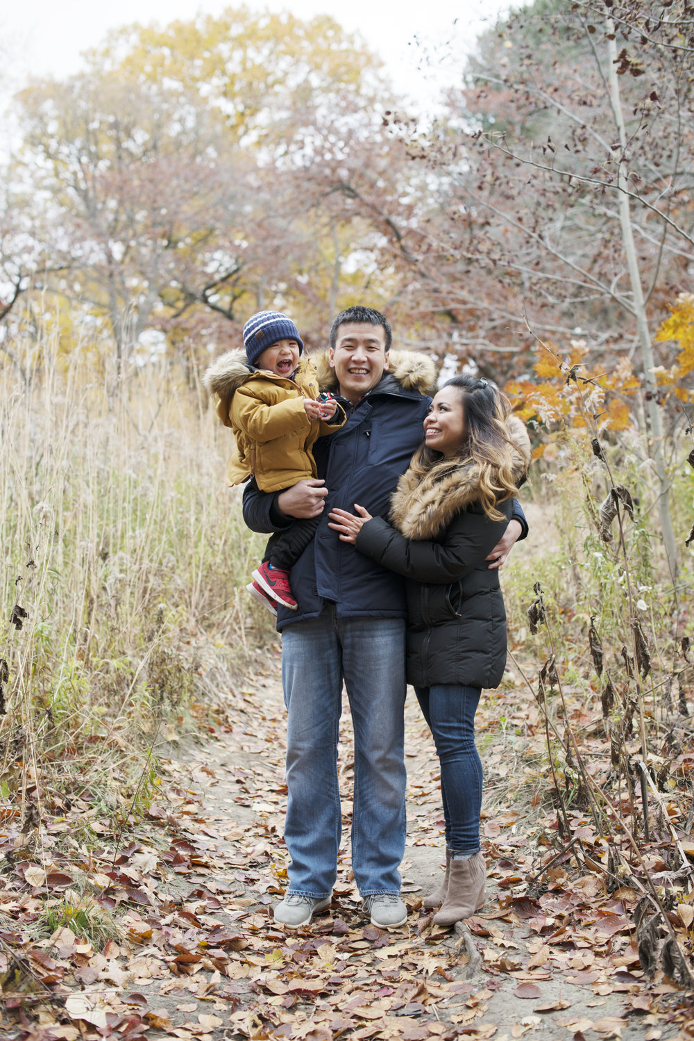 RosewoodWeddingPhotos-HighPark-Family-WinterFamilyPhotos-TorontoFamilyphotographer-filipino family