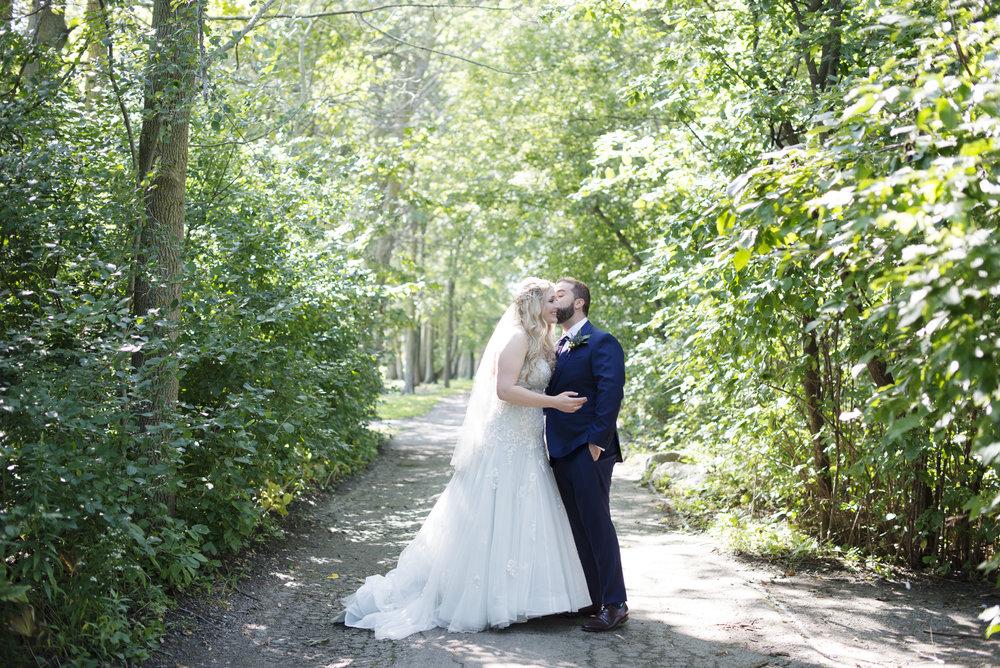 RosewoodWeddingPhotos-TorontoWeddingPhotographer-WeddingPhotography-KingCity-KingCityGolfClub-FirstLook-RachelBrandon