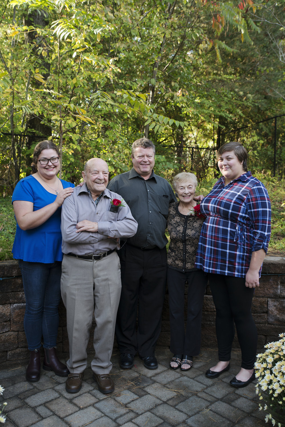 RosewoodWeddingPhotos-Family-Peterborough-FamilyPhotographer-4Generations-TorontoFamilyPhotographer