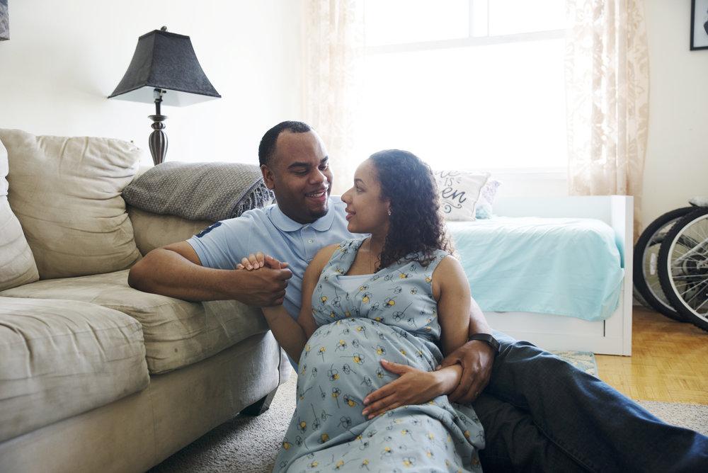 RosewoodWeddingPhotos-Toronto-TorontoMaternity-Maternity-LifestyleMaternityPhotographer-Baby-SoontobeMama