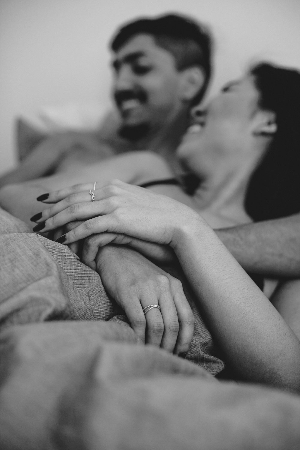 RosewoodWeddingPhotos-TorontoEngagementPhotographer-AtHome-SnuggleSession-Engagement-Engaged-AsianCouple