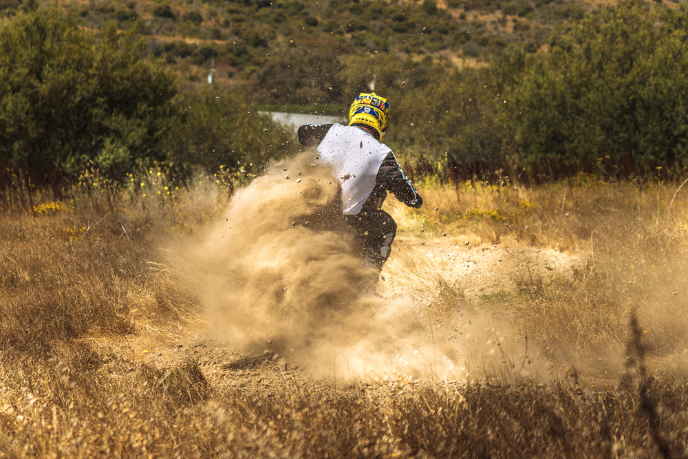 Jeff Ward Kicking Up Dust on the Redshift MX