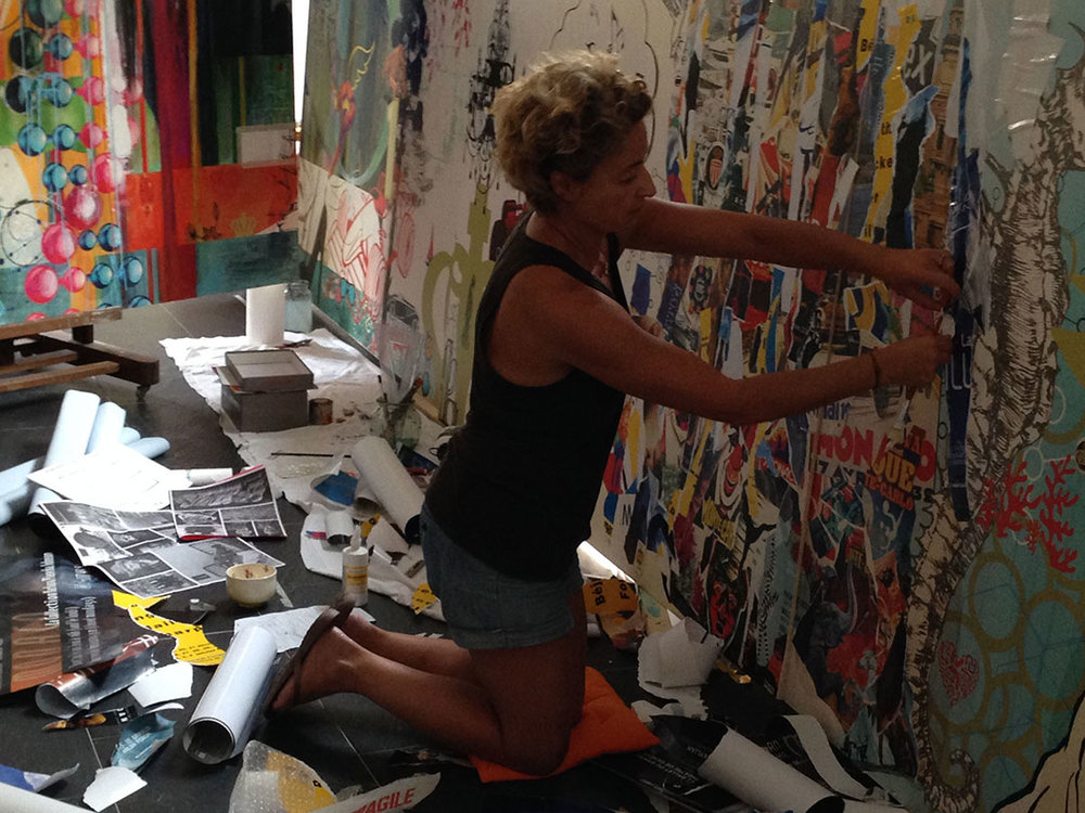 Pauline.on-the.mural.19.w.jpg