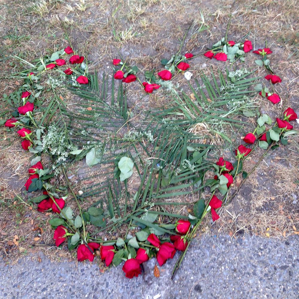 2015.09.D.RosesHeart.jpg