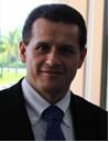 Héctor García - Médico Veterinario Zootecnista de la Universidad Nacional Autónoma de México (UNAM). Miembro activo de la Asociación Americana de Patólogos Aviares (AAAP) y de la Asociación Nacional de Especialistas en Ciencias Avícolas de México (ANECA). Amplia experiencia en soporte técnico en América Latina. Se ha desempeñado como gerente de tecnologías y servicios de vacunación para Merial en México, América Latina y actualmente para el área global de proyecto de vacunación In-ovo para Boehringer Ingelheim.