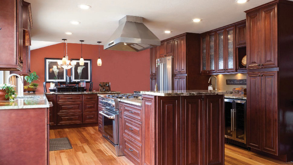J5_Red_mahogany_stained_maple_wood_cabinets_in_a_refined_traditional_style_03.jpg