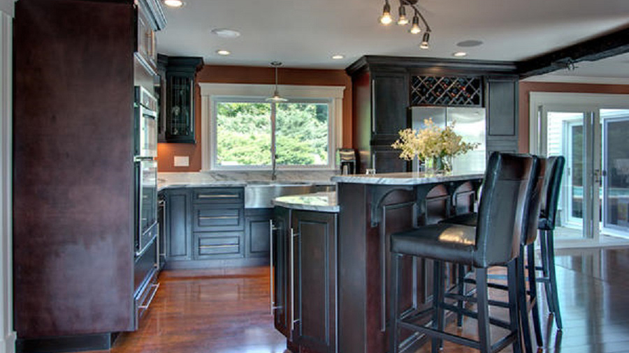 K8-Expresso-stained-maple-wood-cabinets-in-a-sleek-contemporary-style_05.jpg