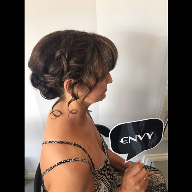 Wedding Ready...💜#herecomesthebride #hairup #weddinghair #morningtonpeninsula #itsallaboutyou #envyboutiquehairspa