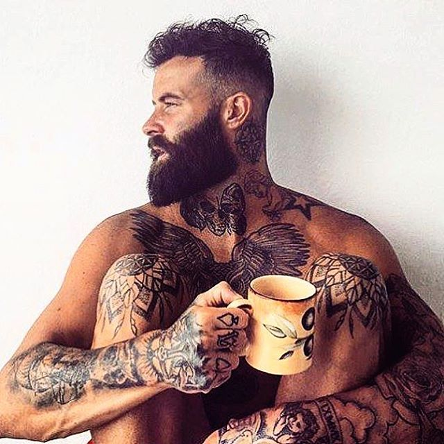 Wake up with good bed hair everyday!  #menshair #fadesandbeards #envyhairboutique #morningcoffee