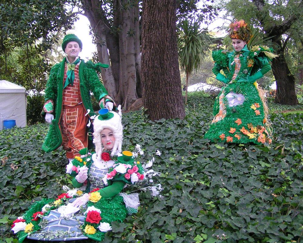 Garden Party Ivy 1280 x 1024.jpg