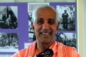 Swami Aparananda.jpg
