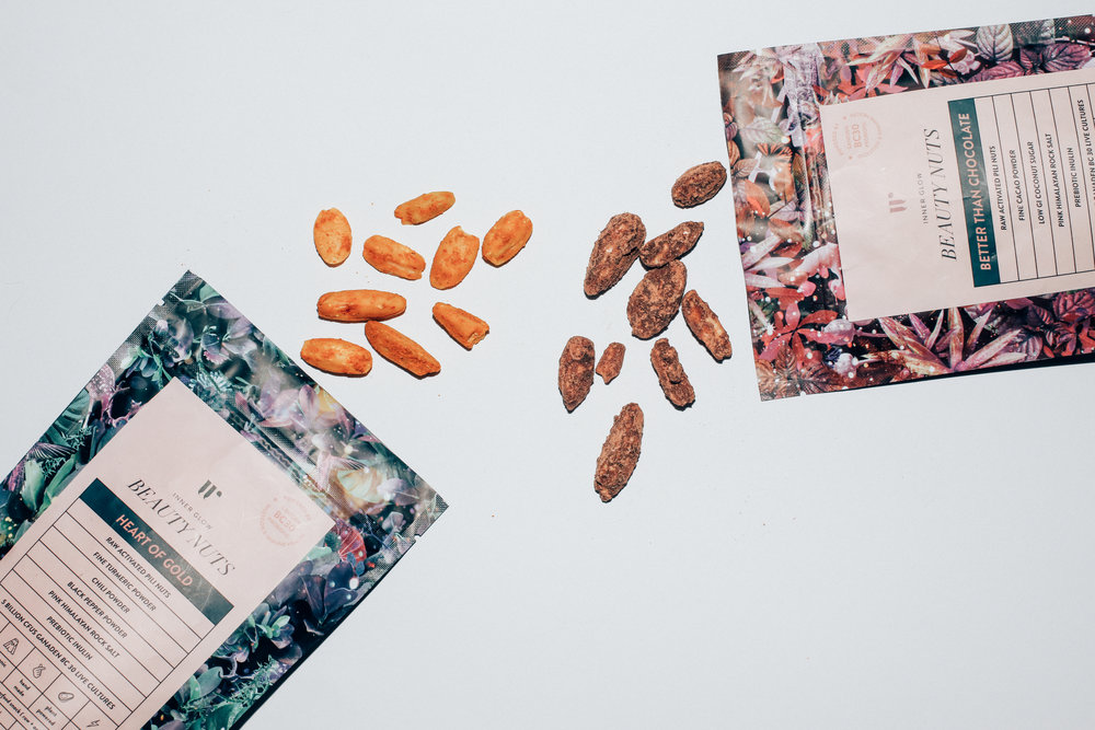 NEW IN : PROBIOTIC PROTEIN NUT SNACK WITH A BEAUTY TWIST - Featuring nutrient rich pili nuts.