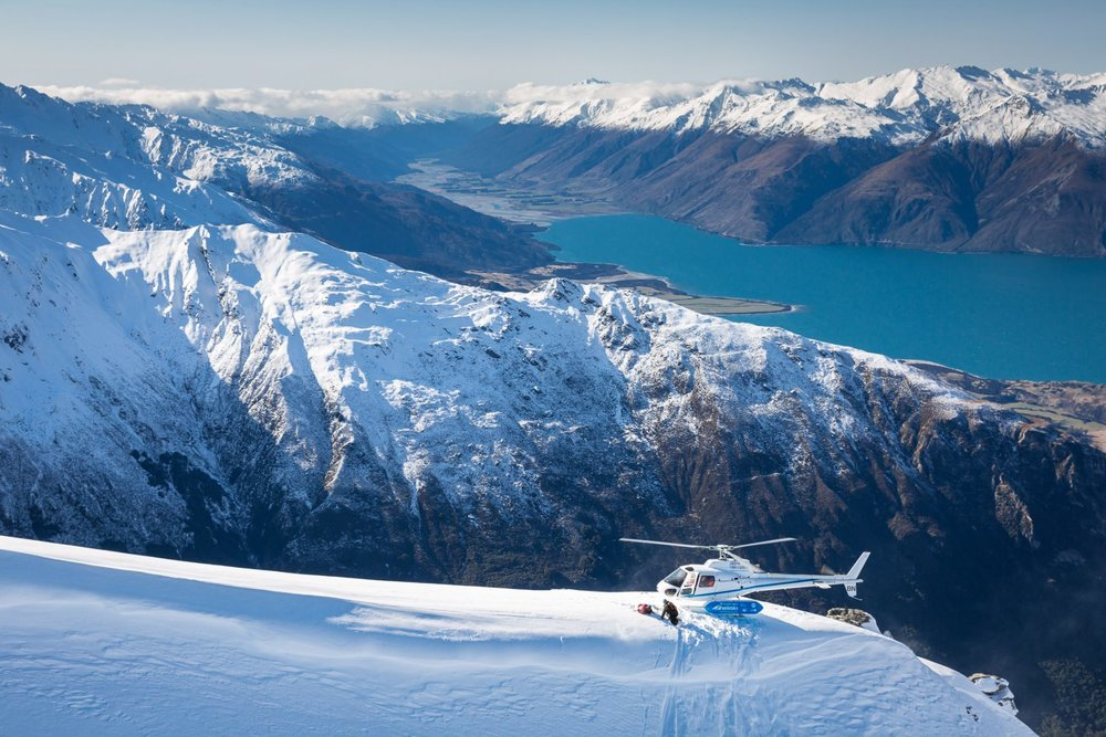 Chopper-above-lake-Wanaka-1-1800x1200.jpg