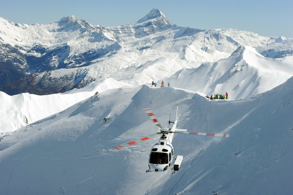 heli-skiing-package-image-3.jpg