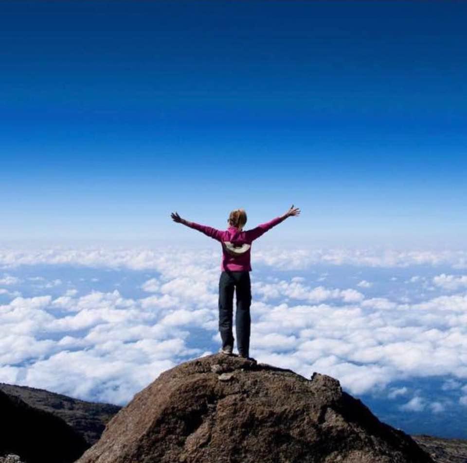 Noelle Fallacara  Boston University  Challenges:  Kilimanjaro   Everest Base Camp