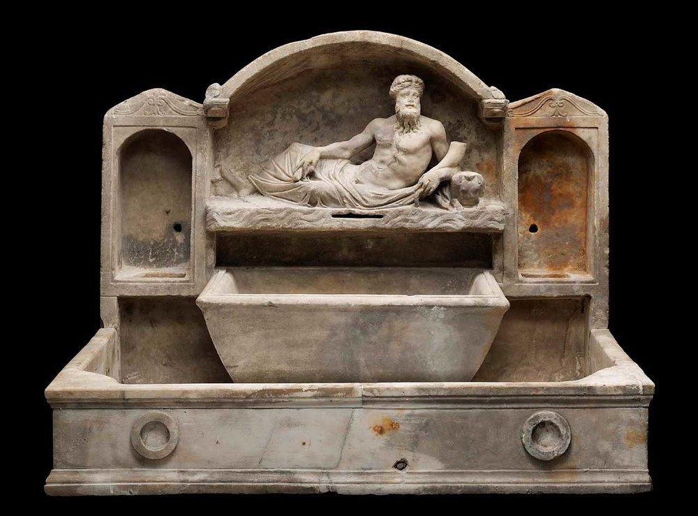 latinitium-blog-in-latin-learn-latin-online-roman-fountain.jpg