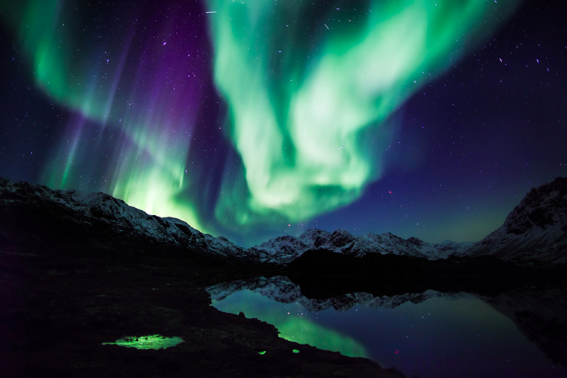 greenland northern lights.jpg