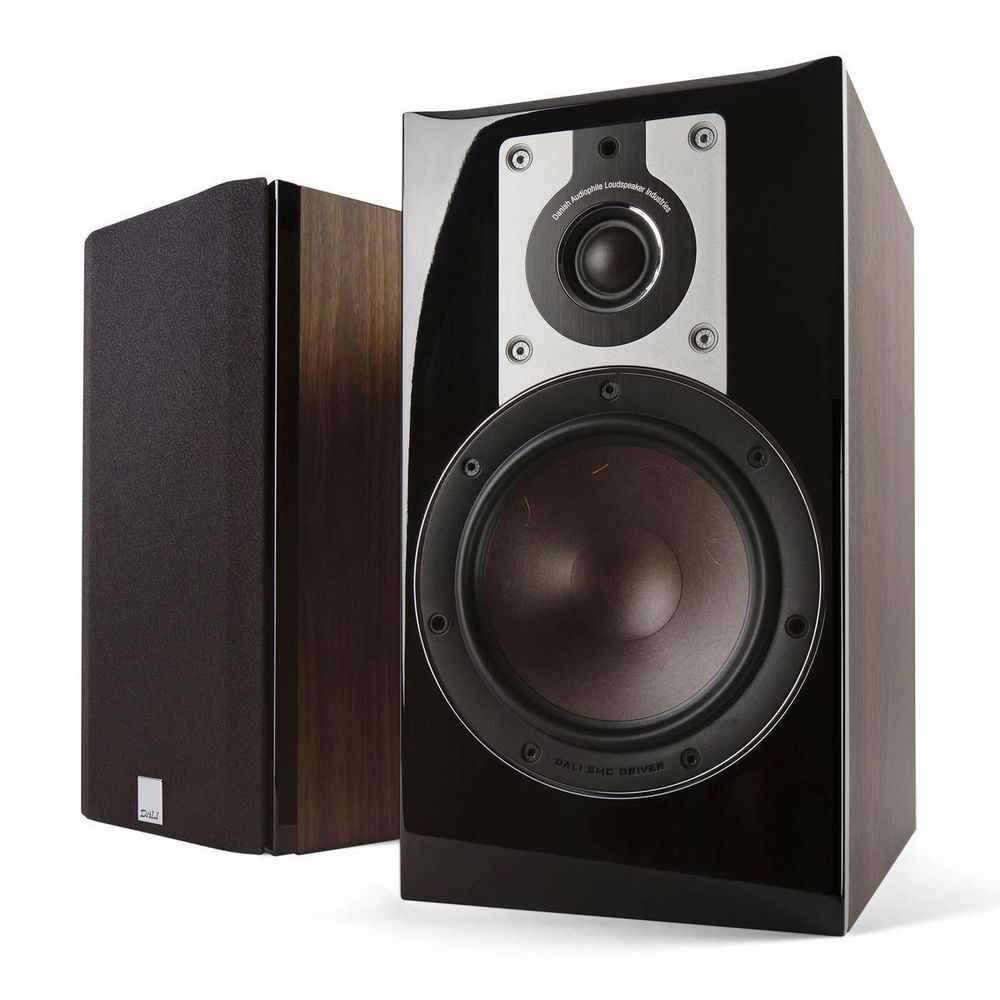 DALI Opticon 2 bookshelf speaker in walnut