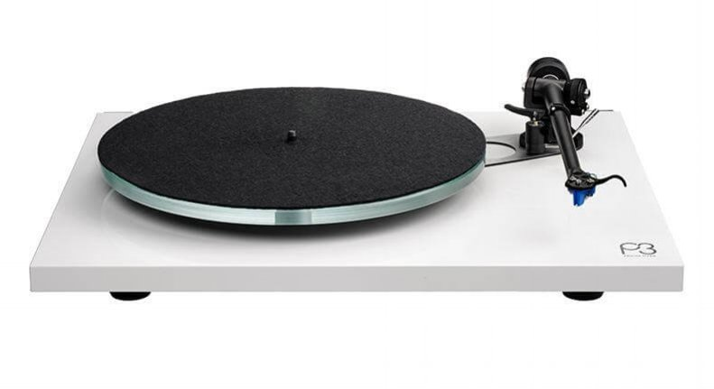 Discover the perfect balance between sound, quality and price with Rega. -