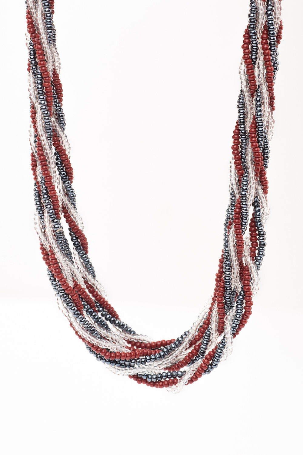 Twisted Necklace (Cont)-BW2004 (4).jpg