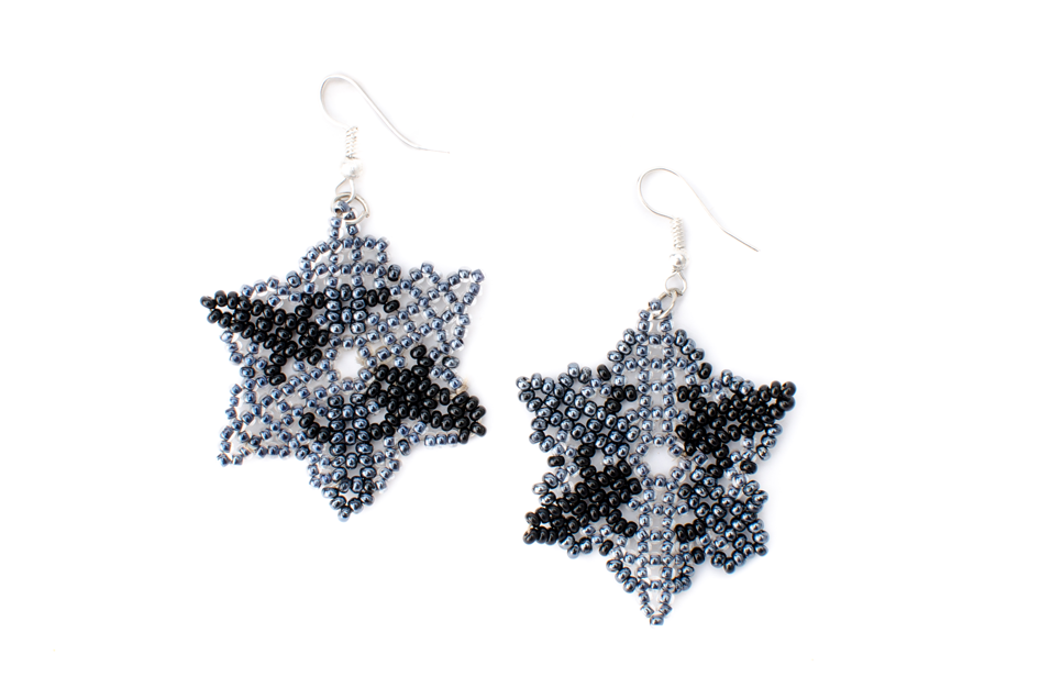 Hibiscus Flower Earrings (Rhino0BW4004.png