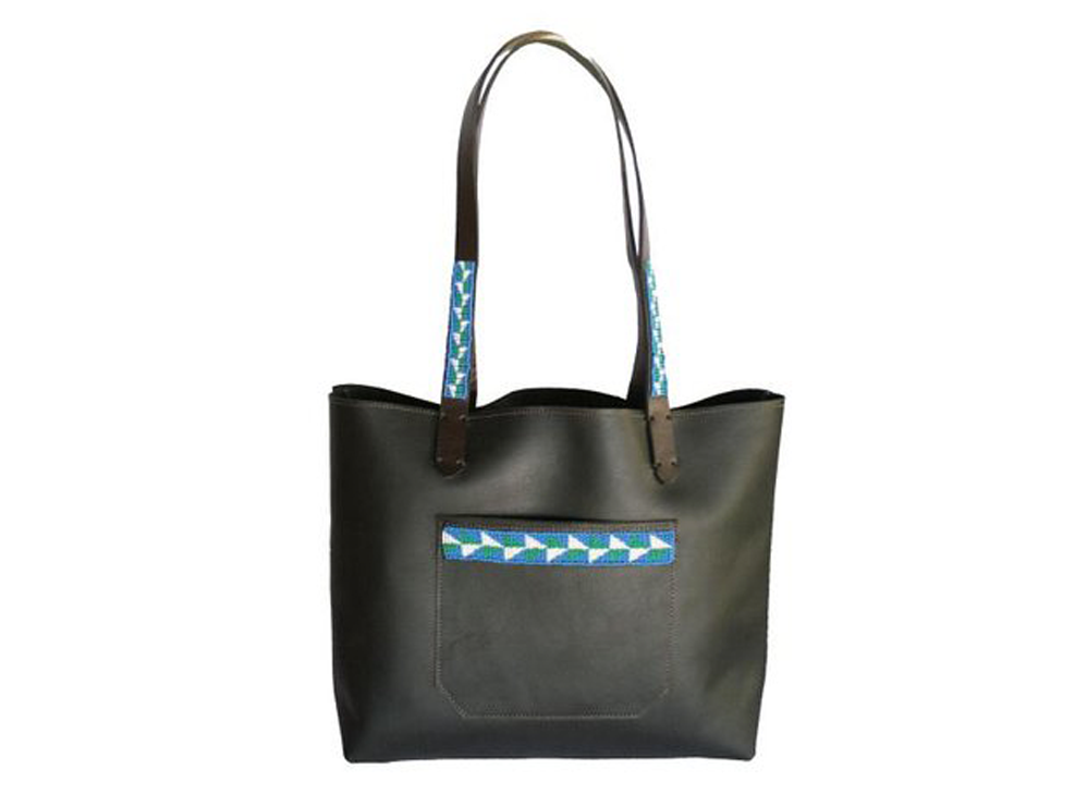 blk.tote.front2.jpg