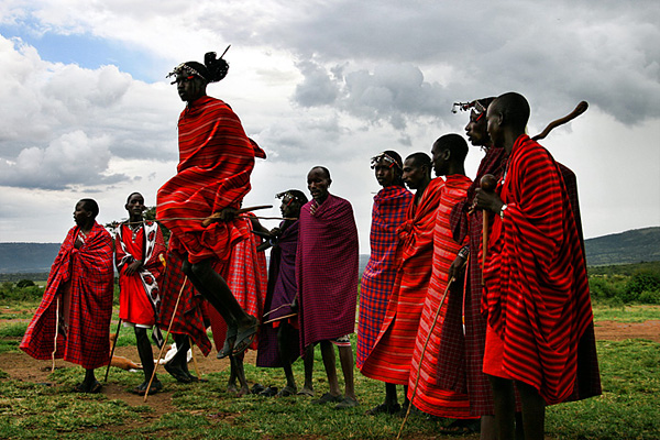 "by <u><a href=""http://www.dmitrimarkine.com"">Dmitri Markine Photography</a></u> <u><a href=""https://en.wikipedia.org/wiki/Maasai_people#/media/File:Masaidance.jpg"">via</a></u> Wikimedia Commons"