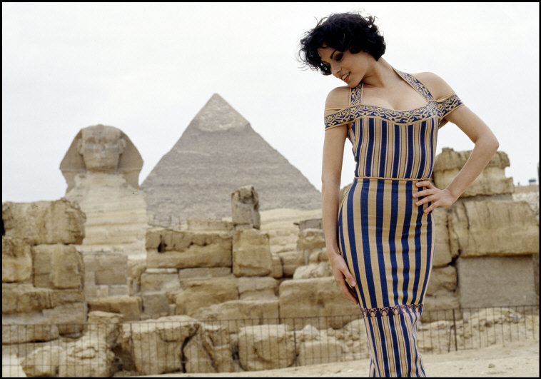 Ferdinando Scianna, Magali Amadei, Egypt, 1992  via  Magnum Photos.© Ferdinando Scianna/Magnum Photos