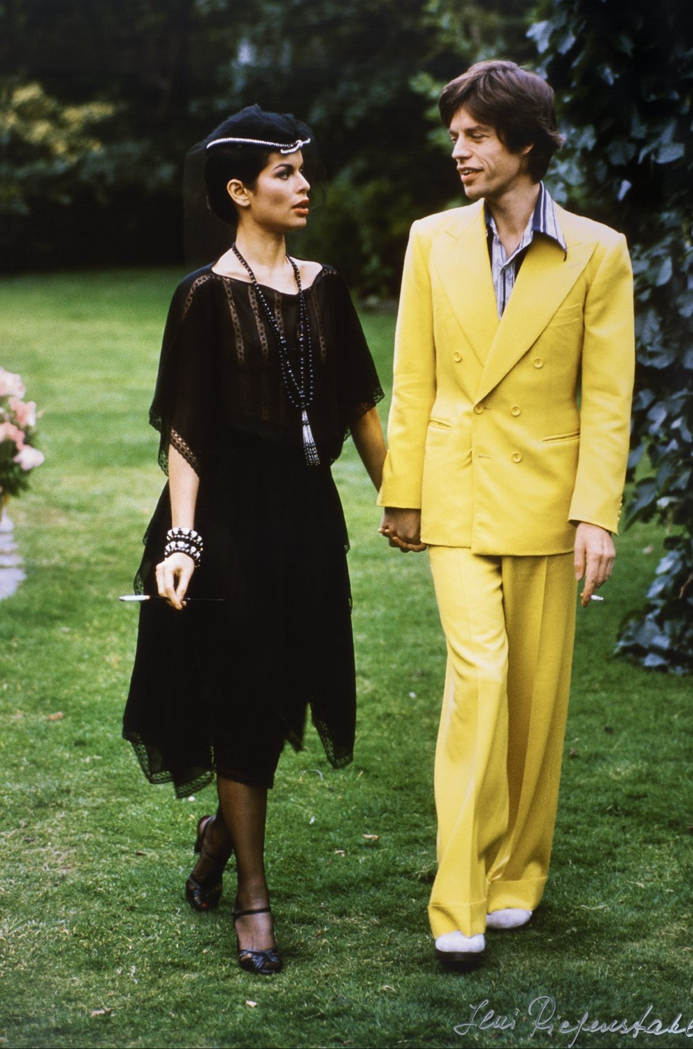 Mick and Bianca Jagger, 1974. Photo: Leni Riefenstahl.