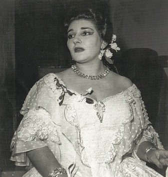 Performing La Traviata in Verona, 1952. Photographer unknown.