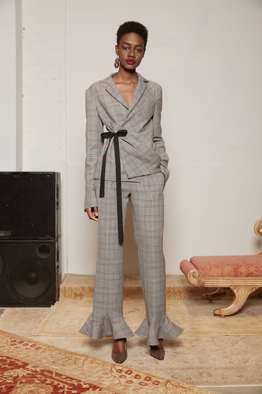 07-rosie-assoulin-fall-2017-lookbook.jpg