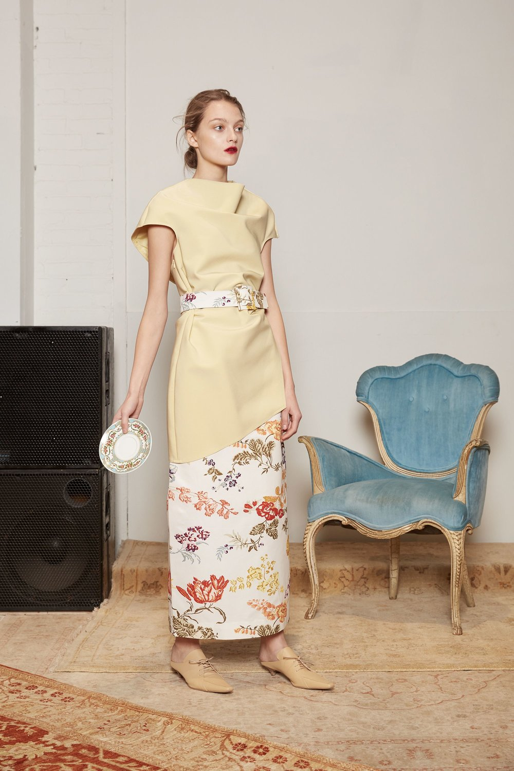 16-rosie-assoulin-fall-2017-lookbook.jpg