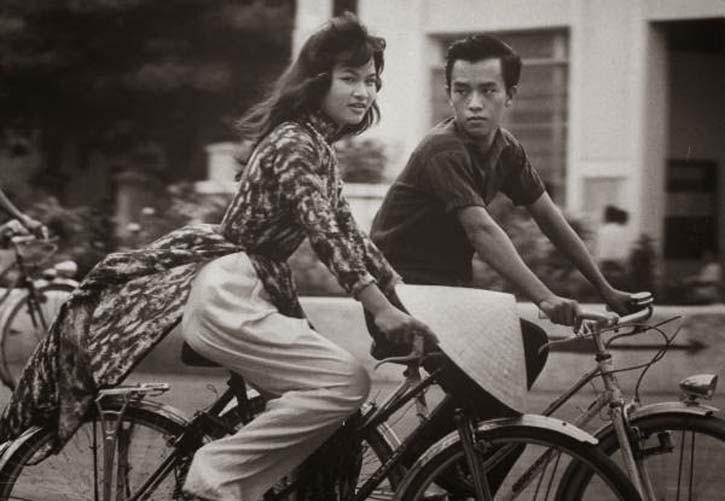 Woman in Saigon, 1961. Photo: John Dominis/Getty.