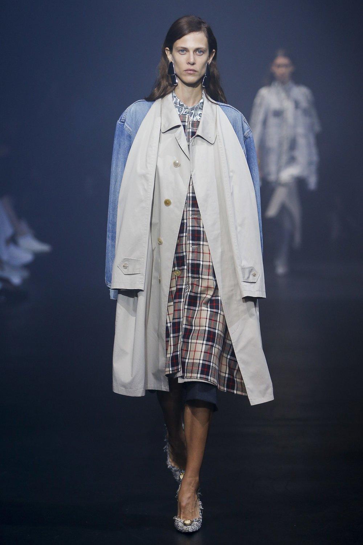 Balenciaga | Monica Feudi / Indigital.tv via Vogue