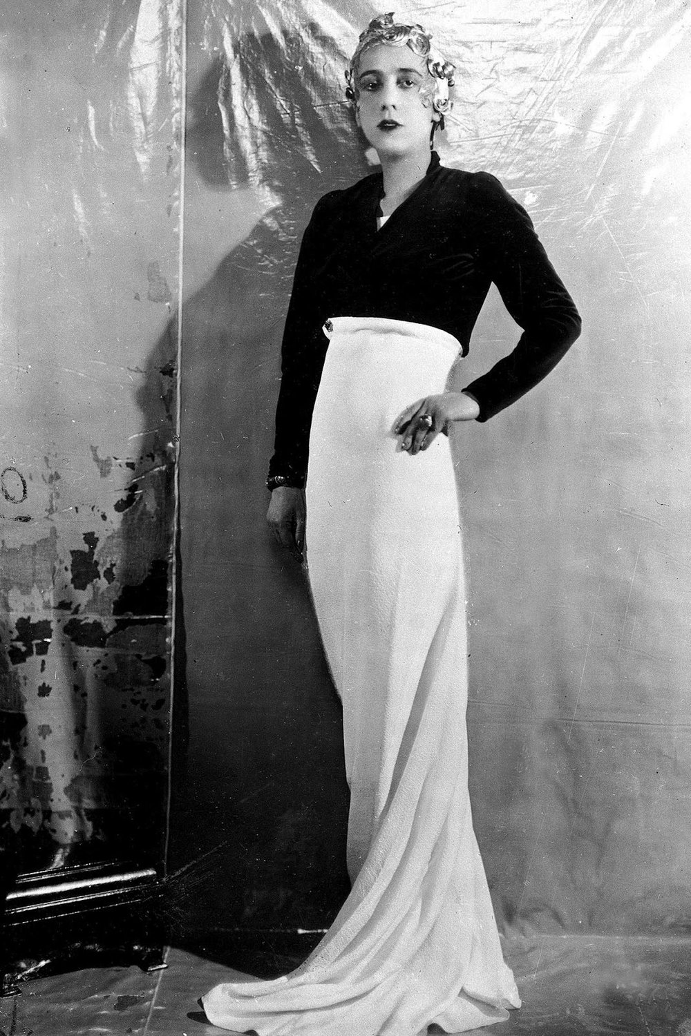 elsa-schiaparelli-one-who-dresses.jpg