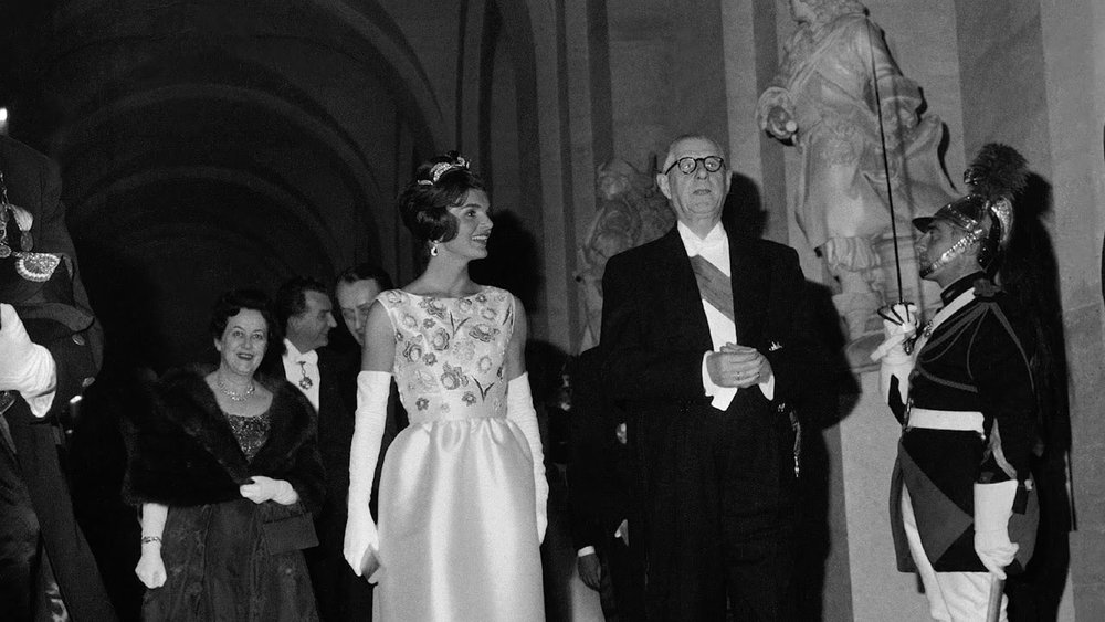 jackie-kennedy-charles-de-gaulle-hubert-de-givenchy.jpg