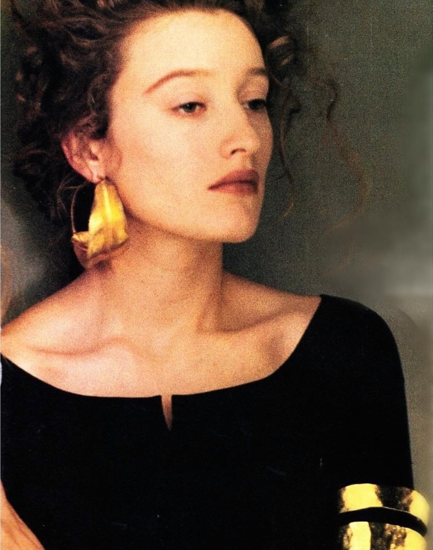 sheila-metzner-vogue-uk-1988.png