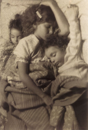 sheila-metzner-children-asleep.jpeg
