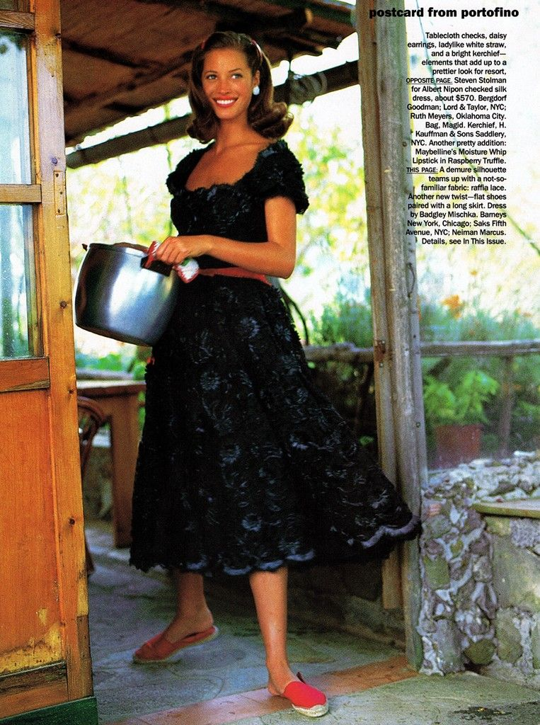 christy-turlington-timeless-summer-style-postcard-from-portofino_.jpg