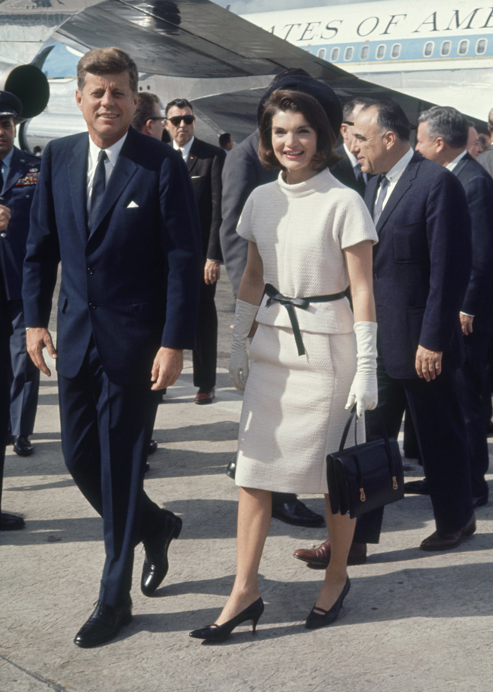 Mrs. Kennedy arriving in San Antonio wearing the white Chanel coat and skirt. Image: Art Rickerby/Time & Life Pictures, via Getty.