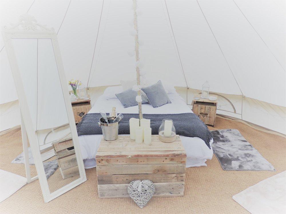 BellaKernow Bridal Suite 5m Tent.JPG